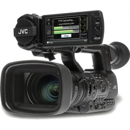 Професионална видеокамера JVC GY HM650E
