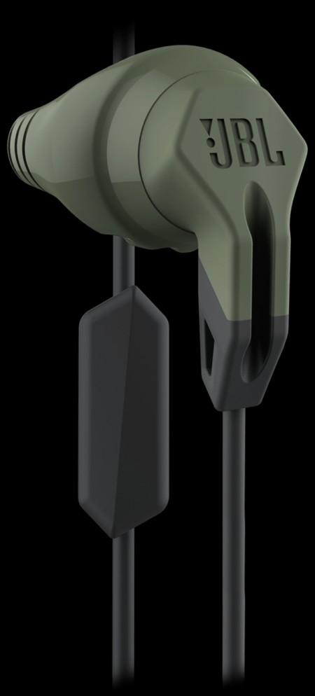 Цена на JBL Grip 200