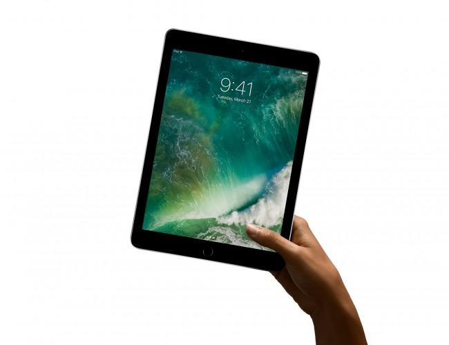 Таблет Apple iPad  9.7 32GB Wi-Fi 2017 (MP2F2)