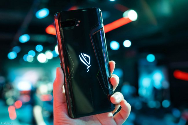 Смартфон ASUS ROG Phone II DUAL ZS660KL