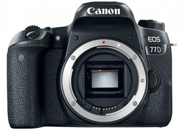 Фотоапарат Canon EOS 77D+обектив Canon 18-135 IS Nano USM+обектив Canon 50mm 1.8 STM