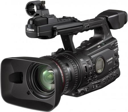 Професионална видеокамера Canon XF305