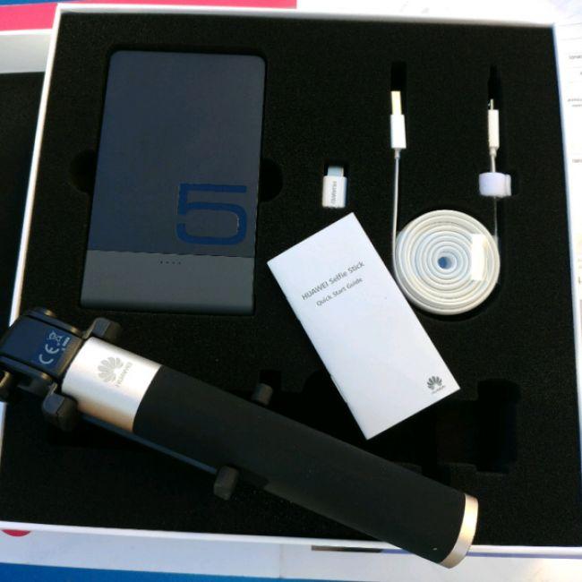Аксесоар за телефон, GSM Аксесоар, SD карта,колонк Huawei POWER BOX - 4 ЧАСТИ