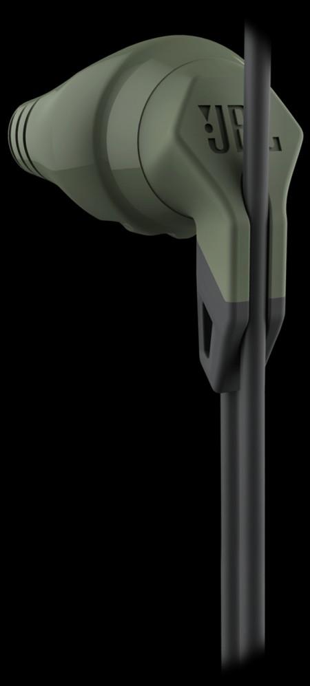 Цена на JBL Grip 100