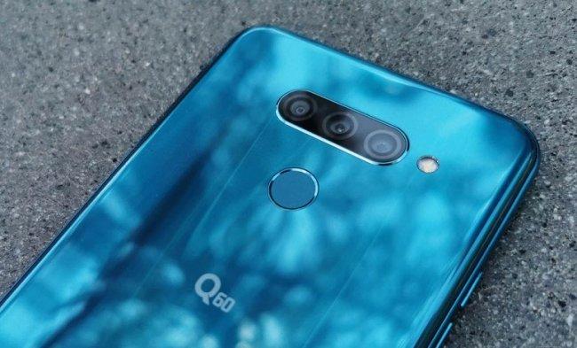 Цена на LG Q60 DUAL