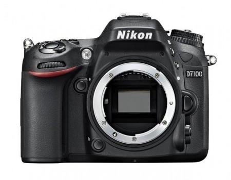 Фотоапарат Nikon D7100 + обектив NIKON 18-140mm VR