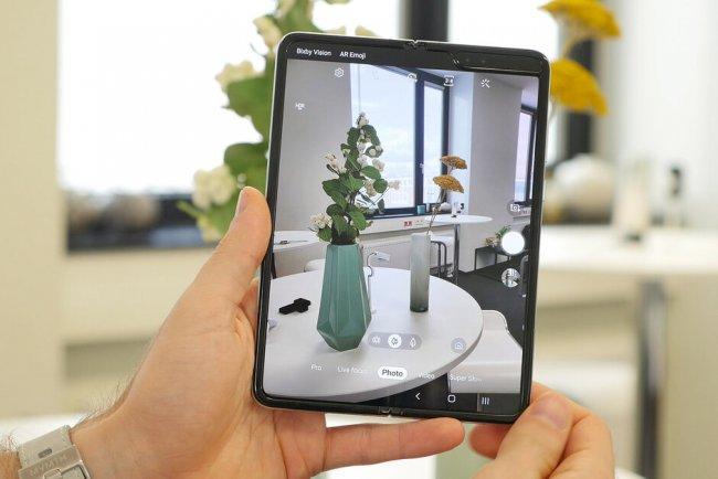 Снимка на Samsung Galaxy Fold F900