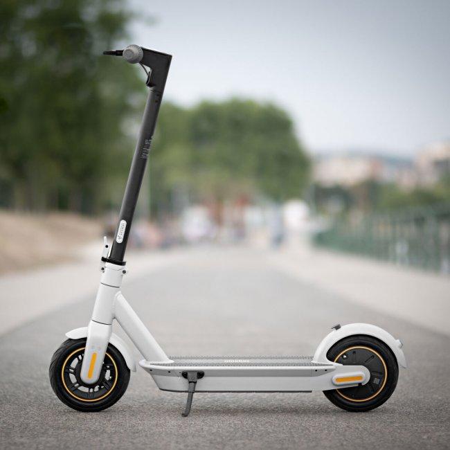Segway KickScooter MAX G30LE