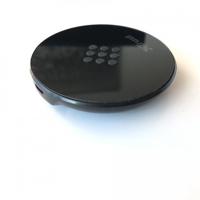 Зарядни устройства Trust PRIMO 10 FAST WIRELESS CHARGER (10W MAX)