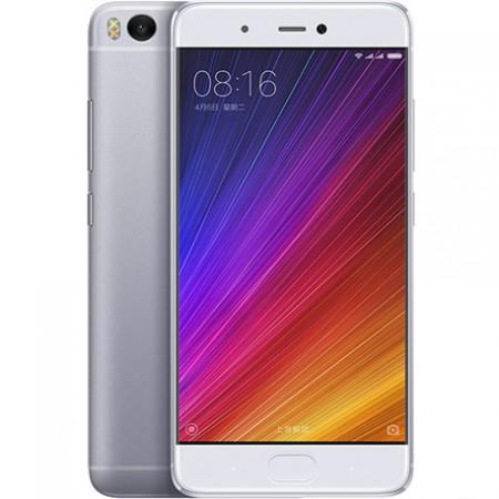 Снимки на Xiaomi Mi 5s Dual SIM