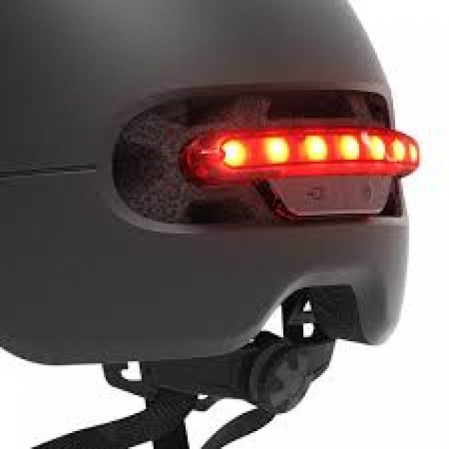 Снимки на Xiaomi Smart4u Waterproof Bicycle Smart Flash Helmet каска